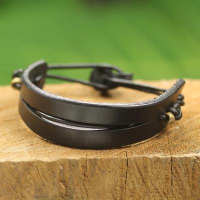 Men's leather bracelet, 'Perseverance in Black' - Black Leather and Brass Men's Bracelet from Ghana