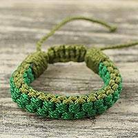 Men's wristband bracelet, 'Verdant Awindazi' - Men's Hand Woven Wristband Bracelet in Green