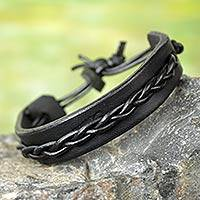 Men's leather bracelet, 'Simple Twist in Black' - Men's Black Leather Bracelet with Braided Cord Accent