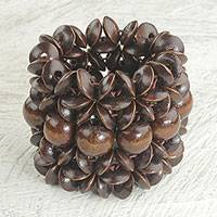 Wood beaded stretch bracelet, 'Giving Aseda in Dark Brown'