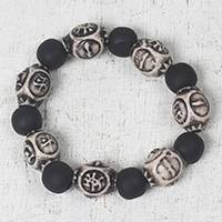 Wood and recycled plastic beaded stretch bracelet, 'Metiase Beauty' - Black Sese Wood and Recycled Plastic Stretch Bracelet
