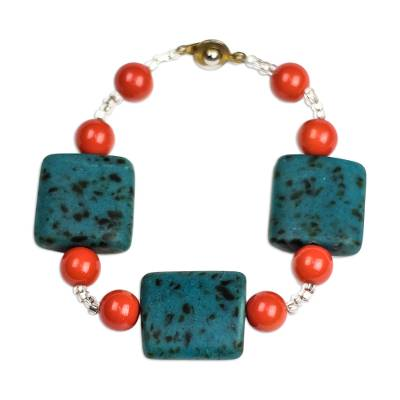 Recycled glass and plastic beaded bracelet,