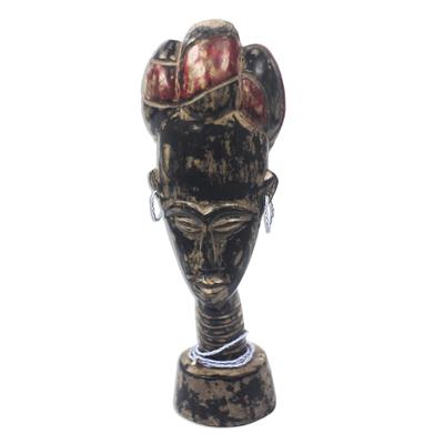 Wood sculpture, 'Queen Yaa Asantewaa' - Wood Sculpture of Queen Asantewaa from Ghana