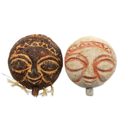 Ceramic ornaments, 'Welcoming Shepherds' (pair) - Ceramic ornaments (Pair)