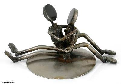 Iron statuette, 'Rustic Sweethearts' - Romantic Metal Recycled Sculpture Artisan Crafted Eco Art