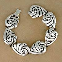 Sterling silver link bracelet, 'Voices from the Sea' - Silver Mexican Sea Life Link Bracelet