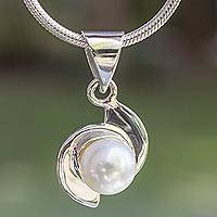 Pearl pendant necklace, 'Taxco Pinwheels' - Fine Silver Pearl Necklace Handmade in Mexico