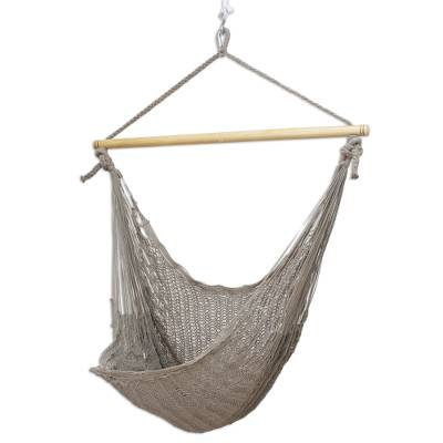 Cotton hammock swing chair, 'Pate' (large deluxe) - Collectible Cotton Solid Hammock Swing (Large Deluxe)
