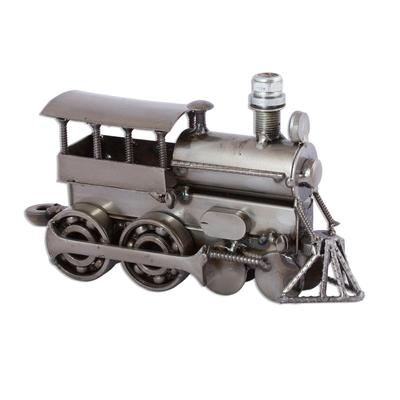 Iron sculpture, 'Rustic Steam Engine' - Iron sculpture