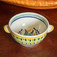 Majolica ceramic bowl, 'Colonial Songbird'