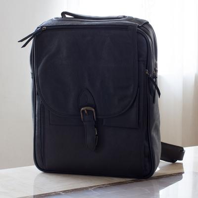 ec1bd59de0bd Men s leather messenger bag - Out of Office in Black