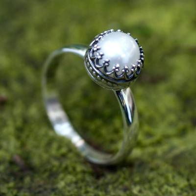 Cultured pearl cocktail ring, 'Taxco Royalty' - Hand Made Fine Silver Single Stone Pearl Ring