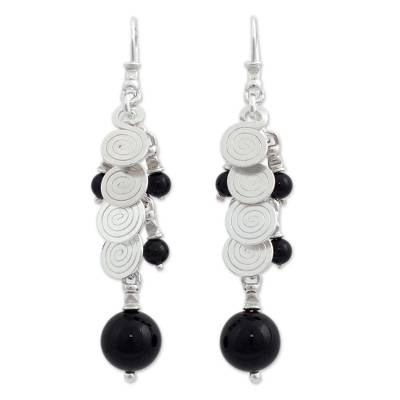 Cultured pearl and onyx cluster earrings