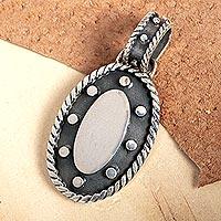 Sterling silver pendant,