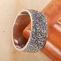 Men's silver band ring, 'Sands of Cuyutlan' - Modern Textured Men's Fine Sterling Silver Ring from Mexico