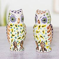 Majolica ceramic salt and pepper shakers, 'Owl Spice' (pair)
