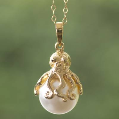 Hand crafted gold plate and faux pearl octopus necklace octopus gold plated and faux pearl pendant necklace octopus hand crafted gold plate mozeypictures Choice Image