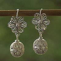 Sterling silver flower earrings, 'Plumeria' - Floral Filigree Hand Crafted Silver Earrings from Mexico