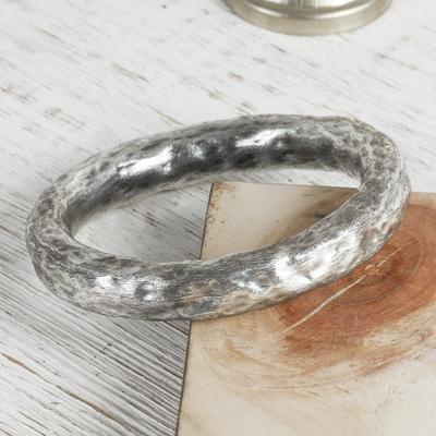 Sterling silver bangle bracelet, 'Taxco Halo' - Artisan Crafted Antiqued Sterling Silver Bangle Bracelet