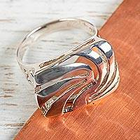 Sterling silver cocktail ring, 'Tolvanera' - Taxco Silver Artisan-Crafted Cocktail Ring from Mexico