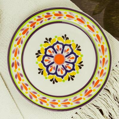 Majolica ceramic salad plates, 'Celaya Sunflower' (pair) - Set of 2 Handcrafted Majolica Ceramic 8 Inch Salad Plates