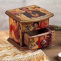 Decoupage wood chest, 'Florid Frida' - Frida Kahlo Portraits Decoupage on Pinewood Decorative Box