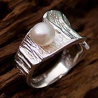 Cultured pearl cocktail ring, 'Ocean Surprise' - Cultured Pearl and Sterling Silver Cocktail Ring from Mexico