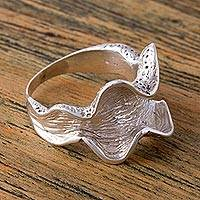 Sterling silver cocktail ring, 'Curling Leaf' - Handcrafted Sterling Silver Wavy Cocktail Ring from Mexico