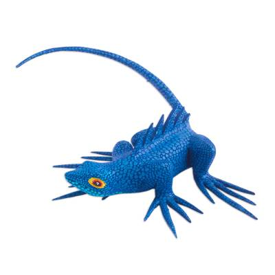 Wood alebrije, 'Folkloric Lizard in Blue' - Hand-Painted Blue Lizard Alebrije Figurine from Mexico