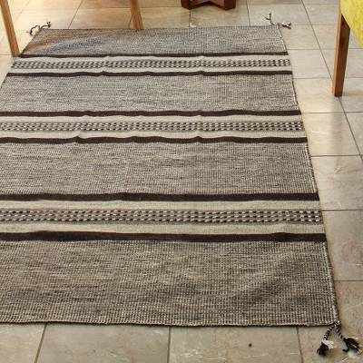 Wool area rug, Valley Stripes (4x6)