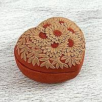 Ceramic decorative box, 'Village Daisies' - Ceramic Heart-Shaped Decorative Box with Daisy Motifs