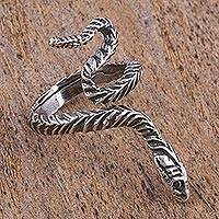 Sterling silver wrap ring, 'Serpent Messenger' - Handcrafted Sterling Silver Rattlesnake Wrap Ring