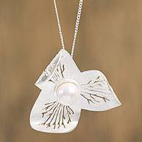 Cultured pearl pendant necklace, 'Flowing Petals' - Floral Cultured Pearl Pendant Necklace from Mexico