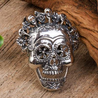 Sterling silver cocktail ring, 'Catrina Crown' - Catrina Skull Sterling Silver Cocktail Ring from Mexico