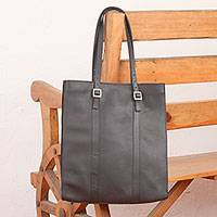 Leather tote bag, 'Market Chic' - Handcrafted Black Leather Tote Bag with Adjustable Straps