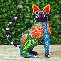 Wood alebrije figurine, Graceful Feline