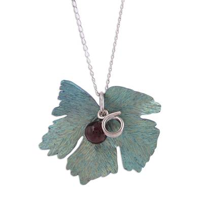 Leaf Motif Agate Pendant Necklace from Mexico