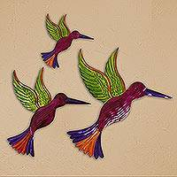 Tin wall art, 'Hummingbird Family in Fuchsia' (set of 3) - Tin Hummingbird Wall Art in Fuchsia from Mexico (Set of 3)