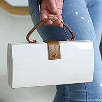 Wood handle handbag,
