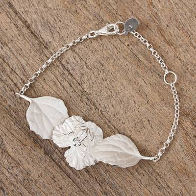 Sterling silver pendant bracelet, 'Frog on a Leaf' - Sterling Silver Frog and Leaf Pendant Bracelet from Mexico