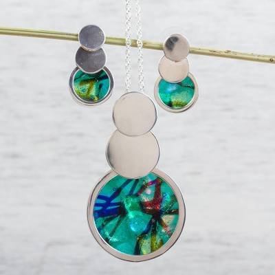 Sterling silver and glass jewelry set, 'Bubbly Beauty' - Sterling Silver and Dichroic Glass Jewelry Set from Mexico