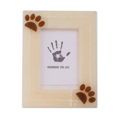 Onyx photo frame, 'Cute Paws' (4x6) - Paw Print Natural Onyx Photo Frame from Mexico (4x6)
