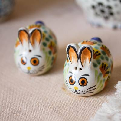 Ceramic salt and pepper shakers, 'Farm Rabbits' (pair) - Majolica Ceramic Rabbit Salt and Pepper Shakers (Pair)