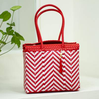 Handwoven tote, 'Vibrant Zigzags' - Chili Red and White Zigzag Pattern Handwoven Tote Mexico