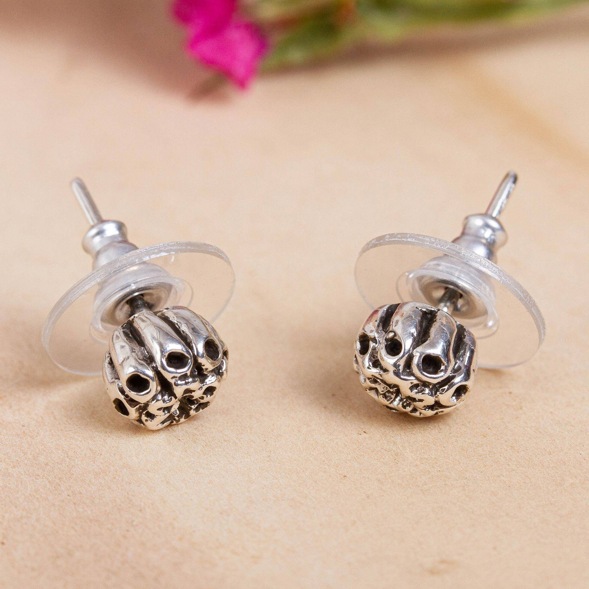 So Chic Jewels 925 Sterling Silver Mountain Top Ear Studs