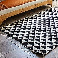 Zapotec wool area rug, 'Mountains of Teotitlan' - Hand Woven Black and Ecru Wool Area Rug