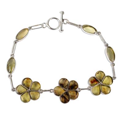 Amber link bracelet, 'Ancient Daisies' - Amber Floral Bracelet with Sterling Silver Links