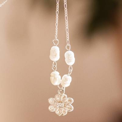 Cultured freshwater pearl pendant necklace, 'Darling Daisy' - Cultured Pearl and Sterling Silver Daisy Pendant Necklace