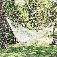 Hammock, 'Caribbean Shores' (triple) - Solid Rope Hammock with Tassels (Triple)
