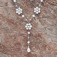 Pearl flower necklace, 'Dew-Kissed'